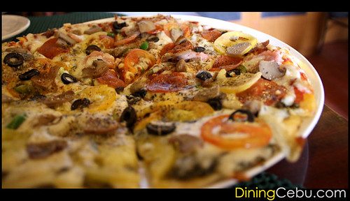 Pizza Restaurant in Cebu Philippines - Handuraw Pizza