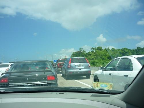 Cars in the emergency lane, San Juan