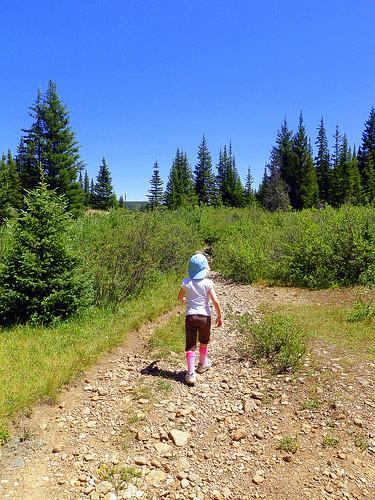 Jessica hiking her way