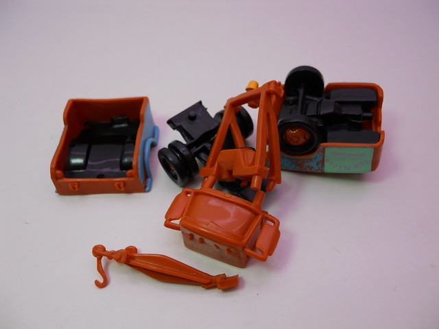 disney cars gacha tomy capsules lightning mcqueen,sally,mater,luigi,guido,doc (3)