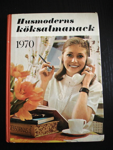 Homemaker's Kitchen Almanac 1970