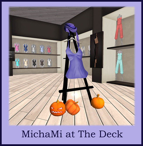MichaMi_at_The_Deck