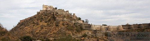 Kumbalgarh Mountaintop Fort