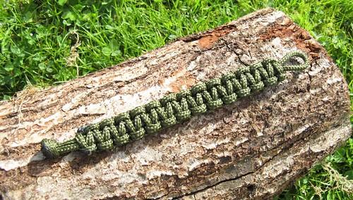 Paracord (survival) bracelet