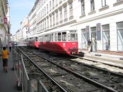Westbahnstr-Track-Renewal-Aug09-31