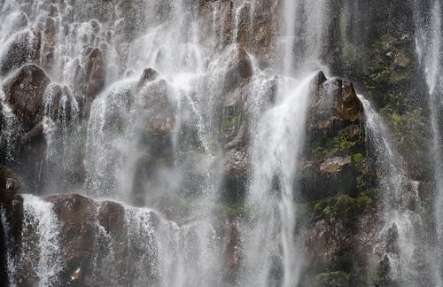 spray of the falls