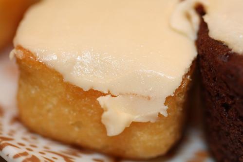 Butterscotch Krimpet