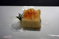 kulto al plato pineapple cake coconut ice cream