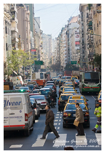 "Buenos Aires Bus • <a style=""font-size:0.8em;"" href=""http://www.flickr.com/photos/20681585@N05/3910747738/"" target=""_blank"">View on Flickr</a>"