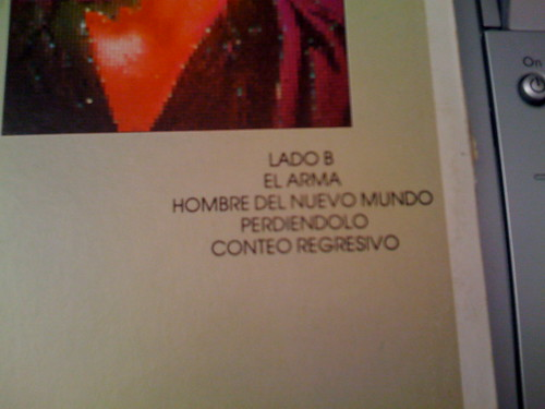Side B tracklisting of Signals in Spanish