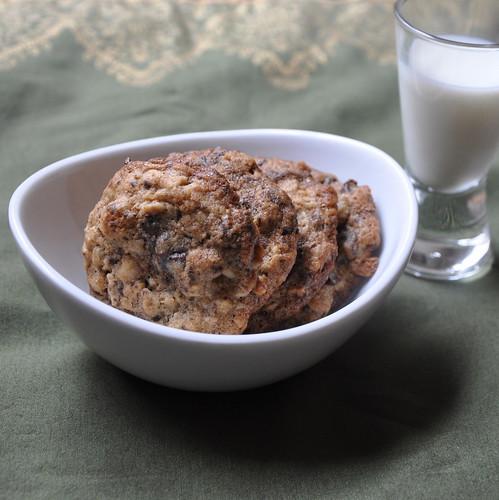 Tartine's Chocolate-Oatmeal-Walnut Cookies