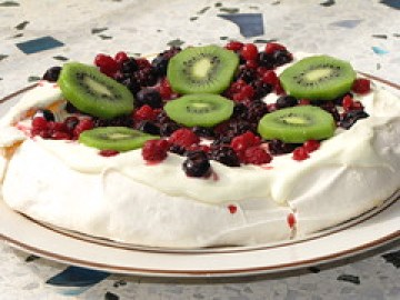 Pavlova by loloieg, on Flickr