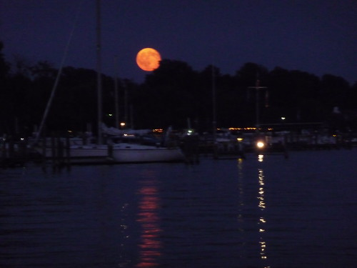 a bit blurry, but the man in the moon is smiling