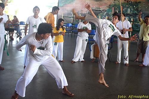 Capoeira Oxalá 15 por você.