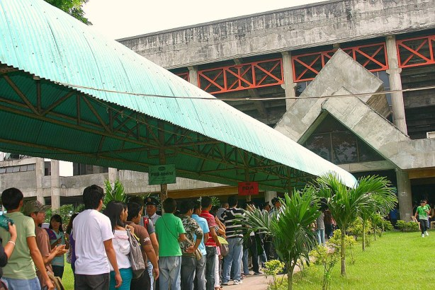 PBB hopefuls wait patiently for their turn to enter GenSan Gym.