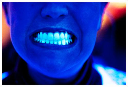Black Light Teeth