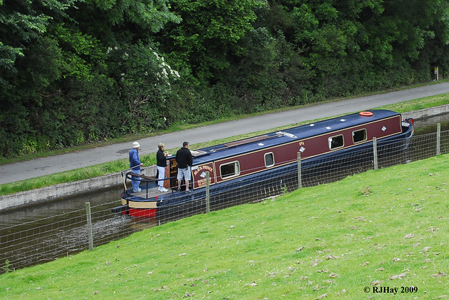 Canal boat on Llangollen Canal