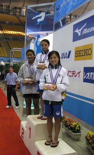 812跳水姐妹花徐雪茵及徐雪鈞分獲女子公開組一米板金銅牌