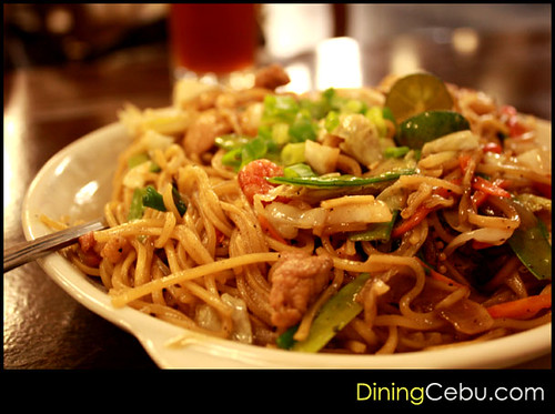 Filipino Restaurant in Cebu - Tsiboom: Pancit Canton by Jeffroger Kho 'Fedge' Photography