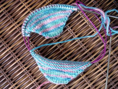 magic loop socks 4-20-2009 12-15-08 PM
