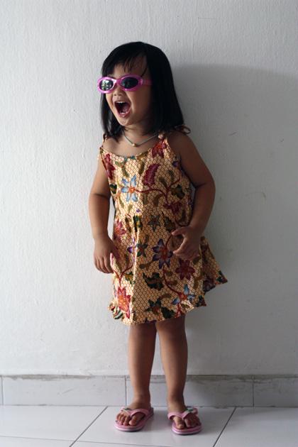 batik + sunnies