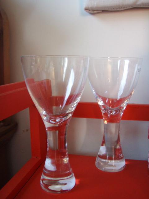 wine glasses2.jpg