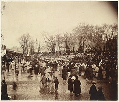 Crowd at Lincoln's second inauguration, March ...