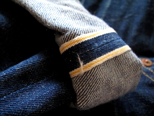 Selvedge, curiously stitched with gold rather than red as with most or all vintage selvedge Levis made in the later first half and mid 20th century.