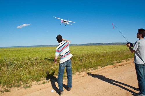 Volando aviones cerca de Camarma