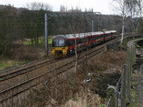 Photo of a Northern Rail Class 333 train, part-operated by Serco