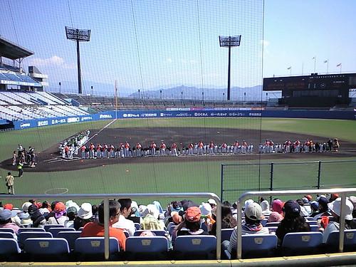 まもなく試合開始@2009マンダリンパイレーツホーム開幕戦_ブロガー特別観戦ツアー_坊ちゃんスタジアム