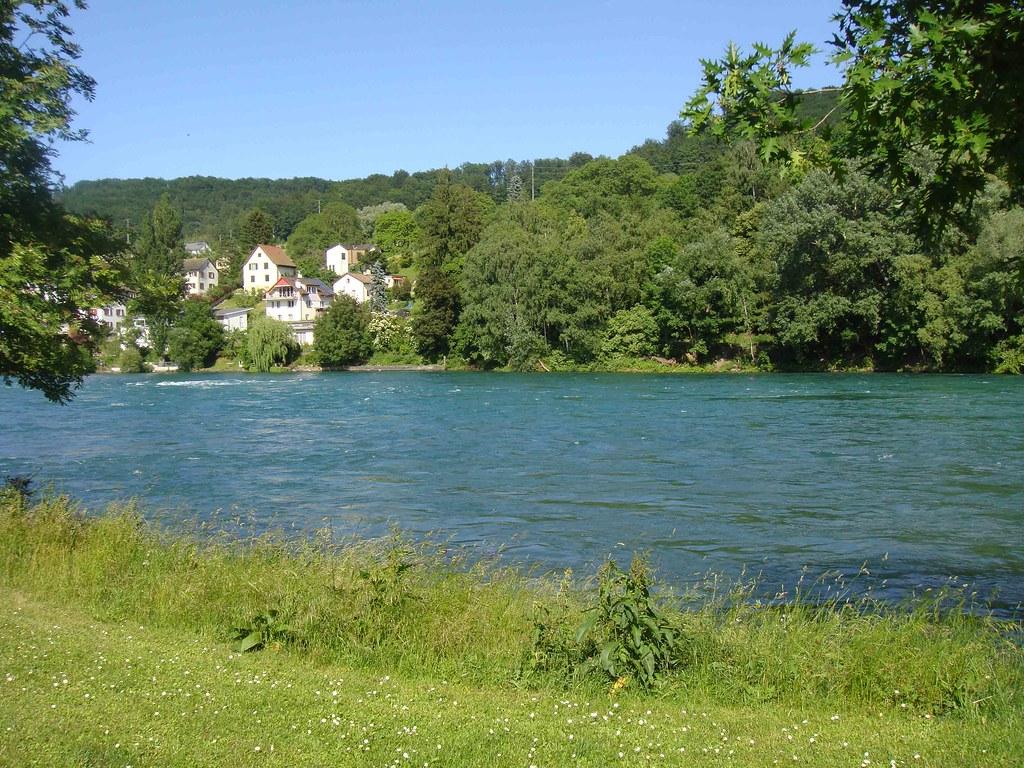 El Rin, a su paso por Neuhaussen