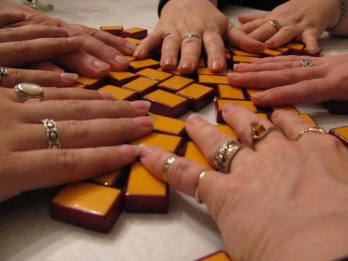 Twittering the Tiles