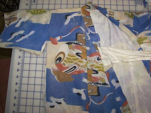 close child's kimono