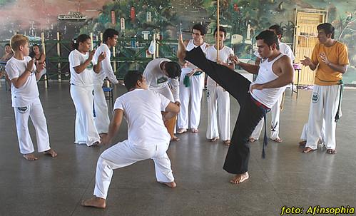 Capoeira Oxalá 05 por você.