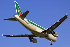 """Alitalia Airbus A319-118 I-BIMJ """"Isola di..."""