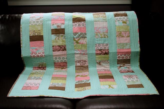 QfQ: Pretty in aqua - quilt for sale!