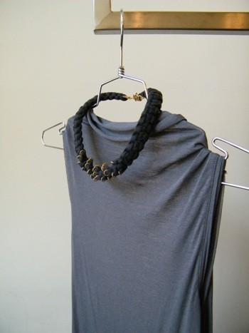 turtila black necklace