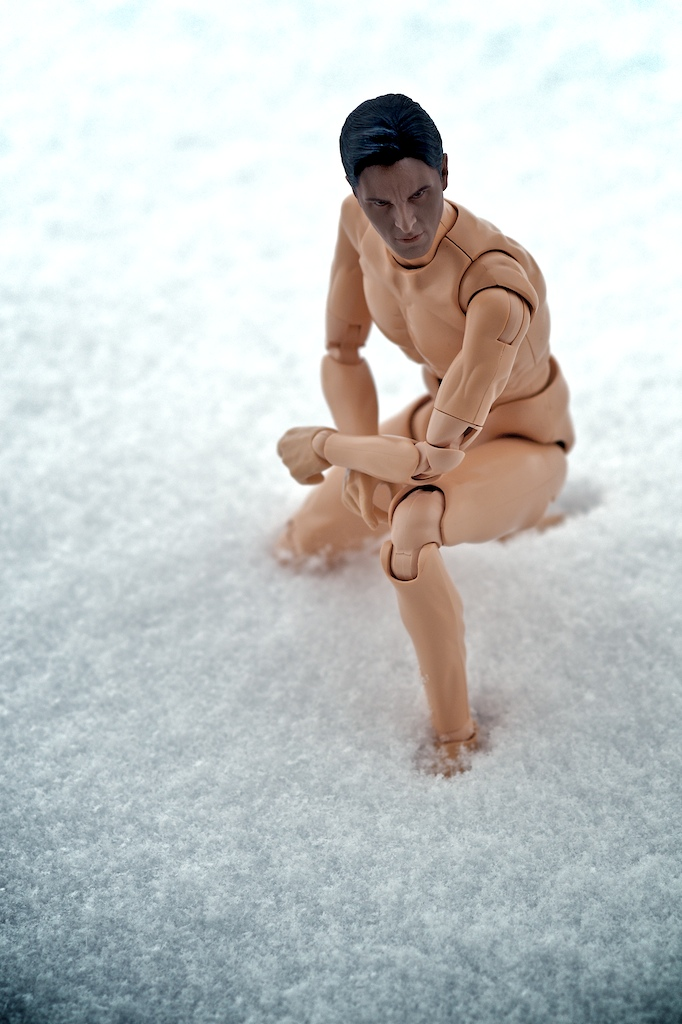 In Snow A Bare Body 1/6 Scale Figure Do Not Belong