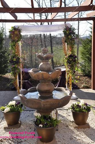 Chuppah by Heaven on Earth Wedding Flowers