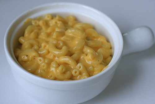 The winner of my comparison, Pioneer Womans mac and cheese.