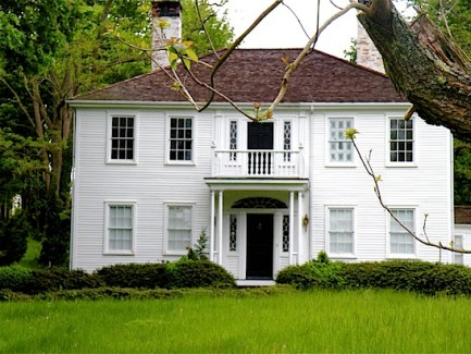 White House antique house in Sandwich MA