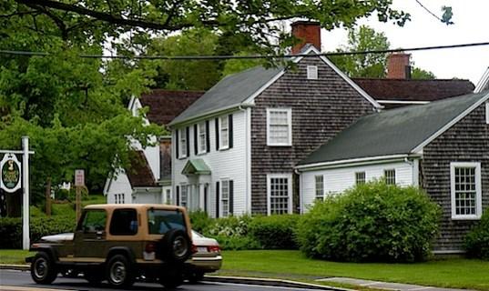 Sandwich Glass Museum, an antique white house on Cape Cod