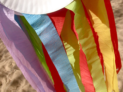 rainbow streamer kites
