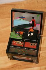 2009-03-10-music-box1