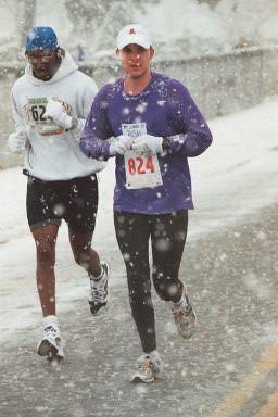 Rob near mile 12 of Frederick Marathon