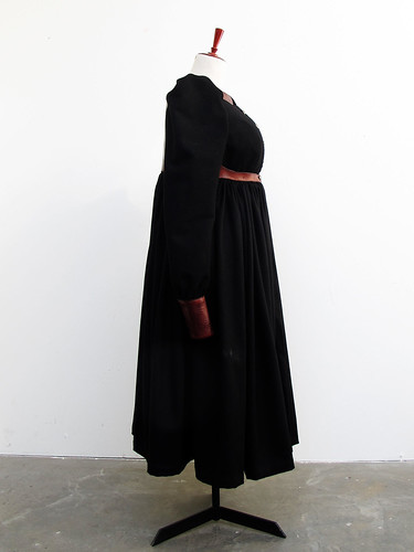bara baras - coat side