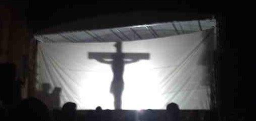 Cena da crucificação de Cristo