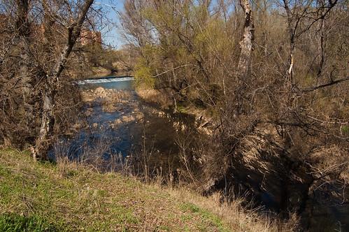 La presa junto a Nueva Alcalá