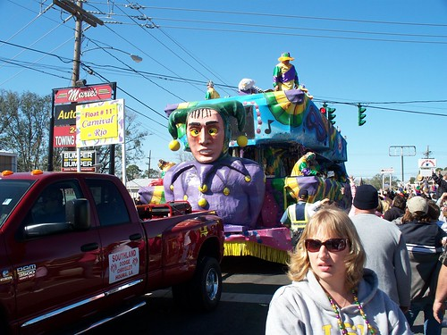 Kayla meets her Dads float